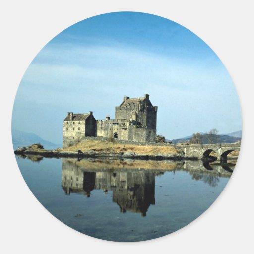 Eileen Donan Castle, Kyle of Lochalsh, Scotland Classic Round Sticker