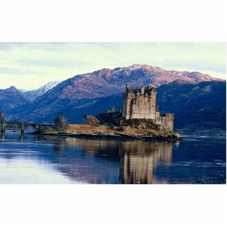 Eileen Donan Castle, Loch Duich, Scotland Cutout