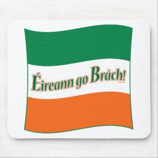 ¡Eireann va Brach! Bandera Mouse Pads