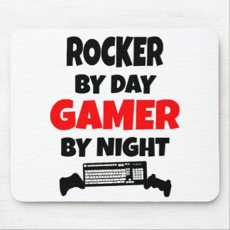 Eje de balancín por videojugador del día por noche tapetes de ratones