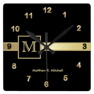 Ejecutivo con clase del monograma reloj cuadrado