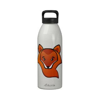 Ejemplo anaranjado lindo de la animación del zorro botellas de agua reutilizables