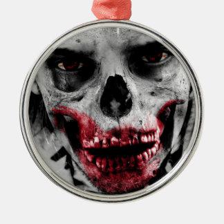 Ejemplo artístico del retrato del zombi adorno redondo plateado