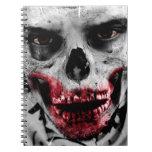 Ejemplo artístico del retrato del zombi libreta espiral