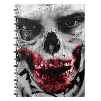 Ejemplo artístico del retrato del zombi libro de apuntes con espiral