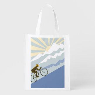 Ejemplo ascendente del ciclista bolsa reutilizable
