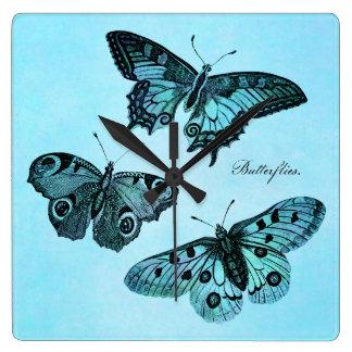 Ejemplo azul de la mariposa del trullo del vintage reloj cuadrado