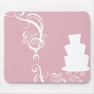 Ejemplo blanco del pastel de bodas tapetes de ratones