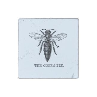 Ejemplo de la abeja reina del vintage imán de piedra