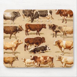 Ejemplo de la granja de las vacas lecheras de Bull Tapetes De Ratones
