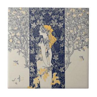 Ejemplo de la mujer de Nouveau del arte del Azulejo Cuadrado Pequeño