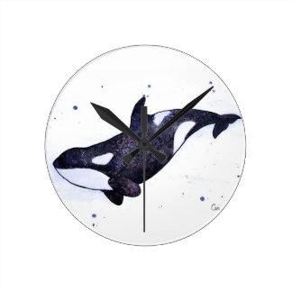 Ejemplo de la orca de la orca reloj redondo mediano
