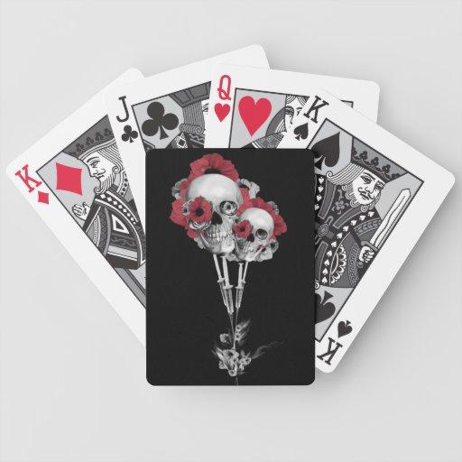 Ejemplo de las amapolas del cráneo baraja de cartas