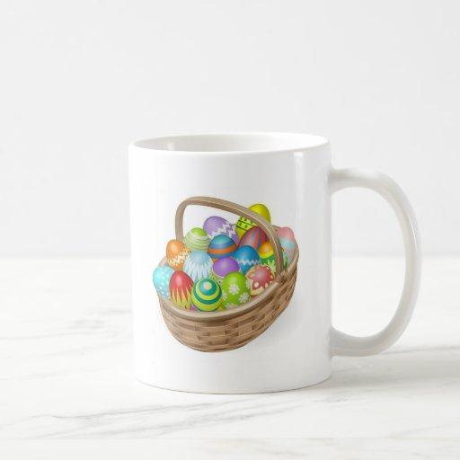 Ejemplo de los huevos de Pascua pintados Taza