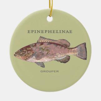 Ejemplo de los pescados del mero adorno navideño redondo de cerámica