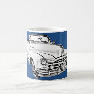 Ejemplo de plata 1948 del coche de la raya de taza clásica