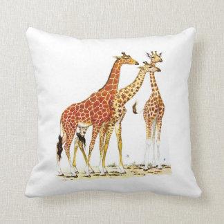 Ejemplo de tres jirafas almohadas