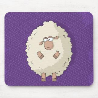 Ejemplo de una oveja gigante linda y divertida mousepads