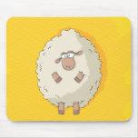 Ejemplo de una oveja gigante linda y divertida tapete de ratones