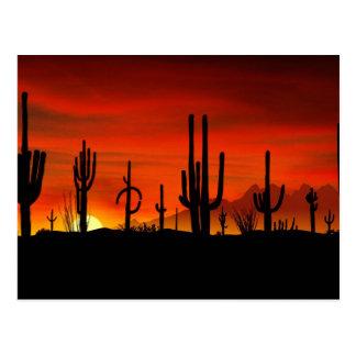 Ejemplo del árbol del cactus cuando la puesta del postales