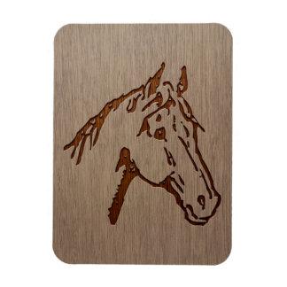 Ejemplo del caballo grabado en el diseño de madera imán de vinilo