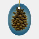 Ejemplo del cono del pino ornamentos de reyes