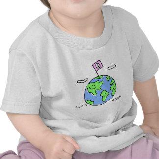 ejemplo del dibujo animado de la paz de mundo camiseta