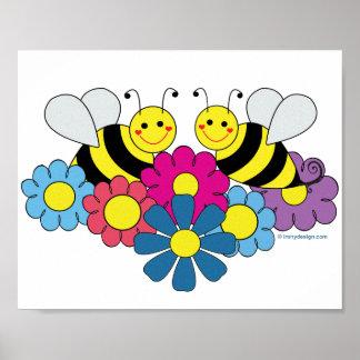 Ejemplo del diseño de las abejas y de las flores póster