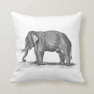 Ejemplo del elefante de los 1800s del vintage - almohadas