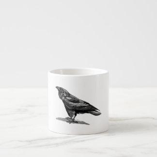 Ejemplo del pájaro del mirlo de cuervo del cuervo taza de espresso