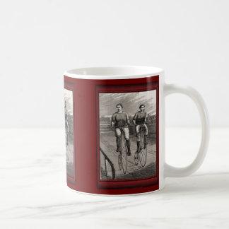 Ejemplo del vintage - raza del comino del penique taza