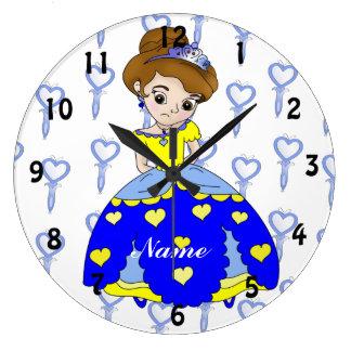 Ejemplo enojado de la princesa en vestido azul reloj redondo grande