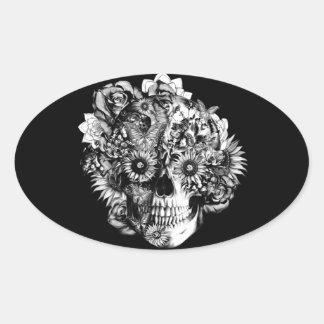 Ejemplo floral del cráneo del ohmio de la mariposa pegatina ovalada