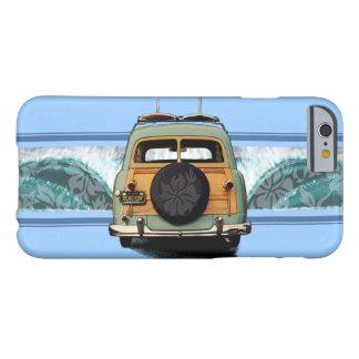 Ejemplo hawaiano de la resaca de la onda de Woody Funda De iPhone 6 Barely There