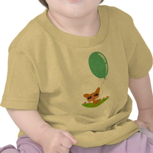 Ejemplo ido perro artístico de la diversión camiseta