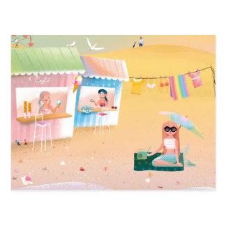 Ejemplo lindo del día de las sirenas en la playa postales