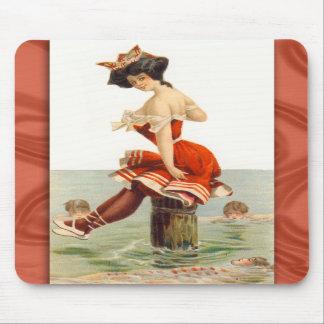 Ejemplo Mousepad del traje de baño del vintage Alfombrillas De Raton