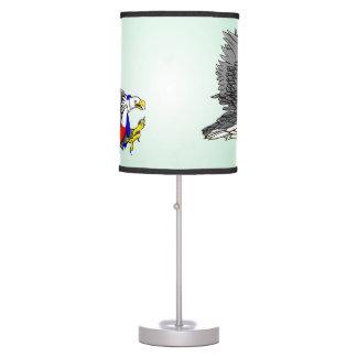 Ejemplo patriótico de Eagle calvo Lámpara De Escritorio