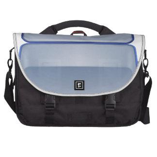 Ejemplo vacío de la maleta bolsas de portatil