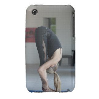Ejercicio maduro de la mujer iPhone 3 carcasa