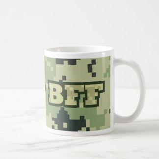 Ejército BFF Taza Básica Blanca