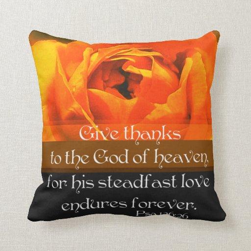 El 136:26 del salmo da gracias…. cojín decorativo