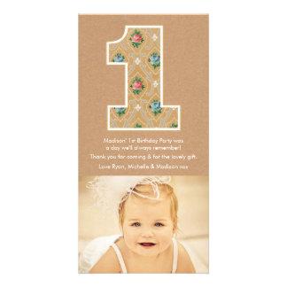 El 1r cumpleaños número 1 del bebé le agradece tarjeta fotografica personalizada