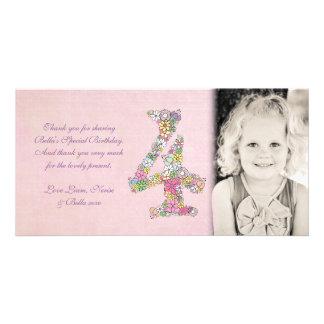 El 4to cumpleaños de los chicas floral le agradece tarjetas fotograficas
