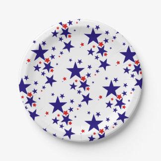 El 4to festivo del fiesta de julio protagoniza el platos de papel