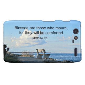 El 5:4 Blessed de Matthew es los que están de luto Droid RAZR Fundas