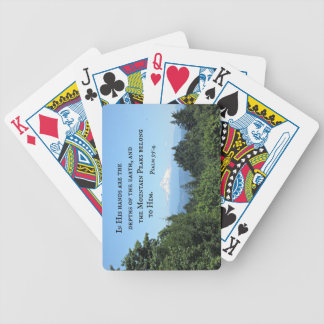 El 95:4 del salmo en sus manos es las cartas de juego