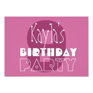 """El 9no rosa del cumpleaños de los chicas modernos invitación 5"""" x 7"""""""