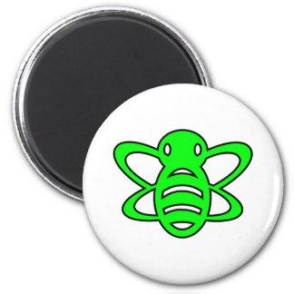 El abejorro o manosea verde de la avispa de reina imán redondo 5 cm