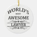El abogado más impresionante del mundo ornamente de reyes